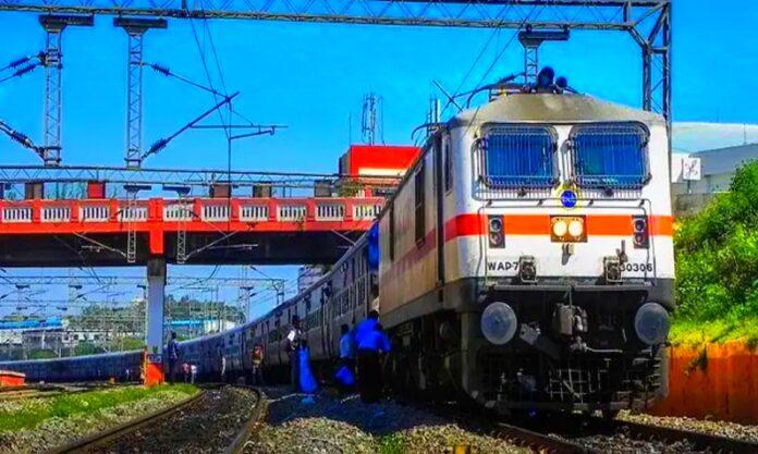 12 स्पेशल ट्रेनों की परिचालन अवधि में विस्तार, यात्रियों को मिलेगी राहत, देखें लिस्ट
